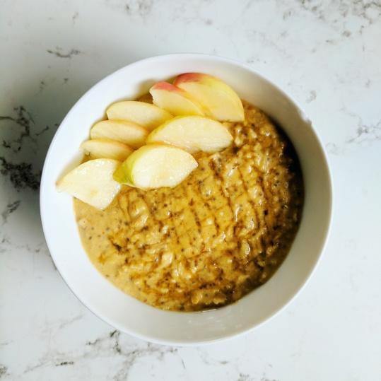 Pumpkin chia oatmeal